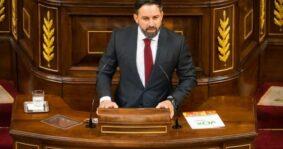 Santiago Abascal (Vox), contra el consenso del NOM: «Es escandaloso que los países occidentales financien políticas tendentes a destruir la familia, a fomentar el aborto o la pederastia y a introducir métodos de imposición ideológica»