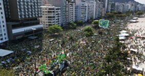 Brasil marcha por la libertad con Bolsonaro, contra la «dictadura de la toga»